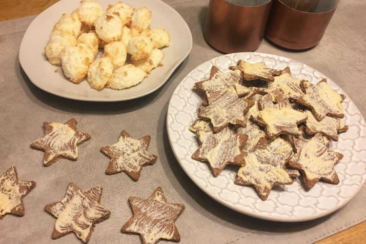 LOW CARB WEIHNACHTSKEKSE